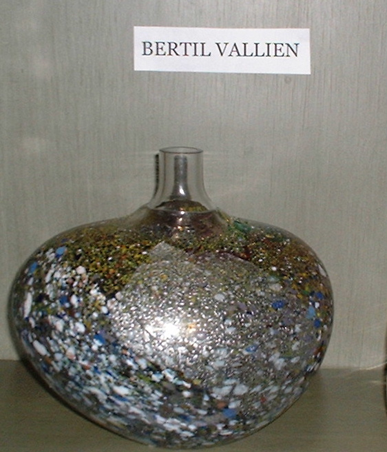 Bertil Vallien exclusive Art glass piece!