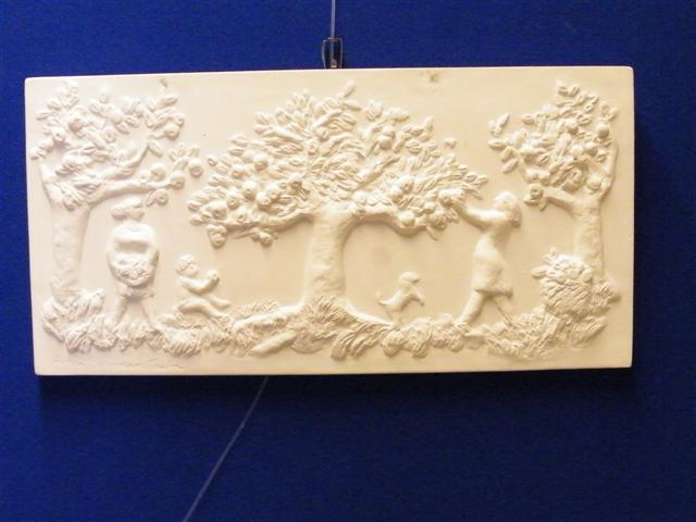 Astri Bergman Taube wallplate in clay! Original.
