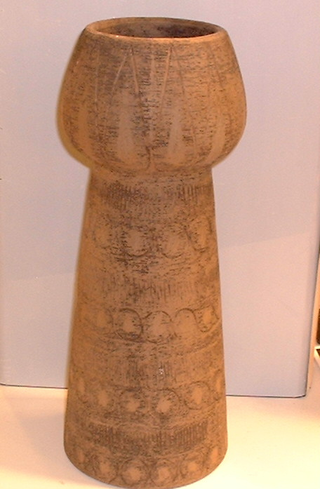 Elsie Bourelius large ceramic vase